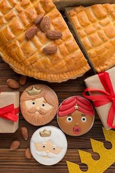 Deserowe ciastka i prezenty święto trzech króli