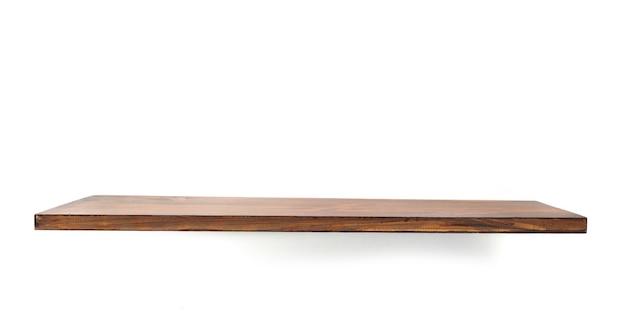 Deska drewniana półka na białym tle
