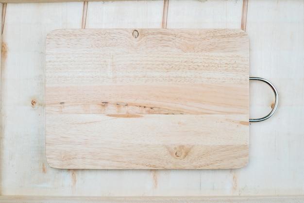 Deska drewniana w tle, która może obsługiwać różne rzeczy
