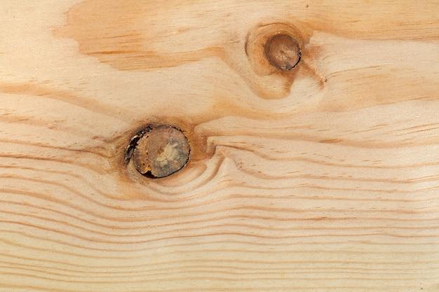 Deska drewniana z dwoma węzłami