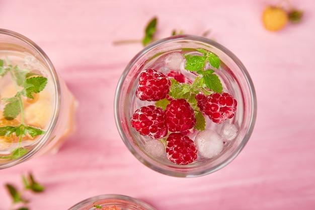 Detox o smaku wody smakowej