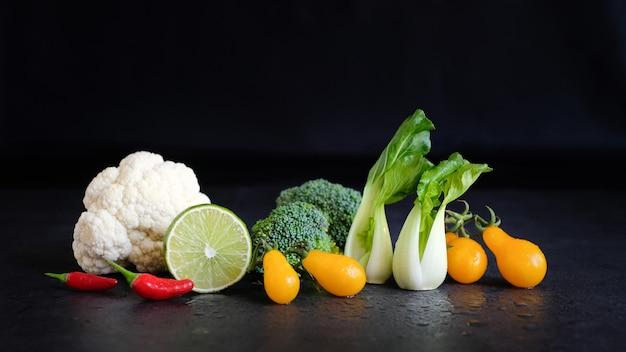 Dieta wegańska i wegetariańska zdrowe jedzenie.