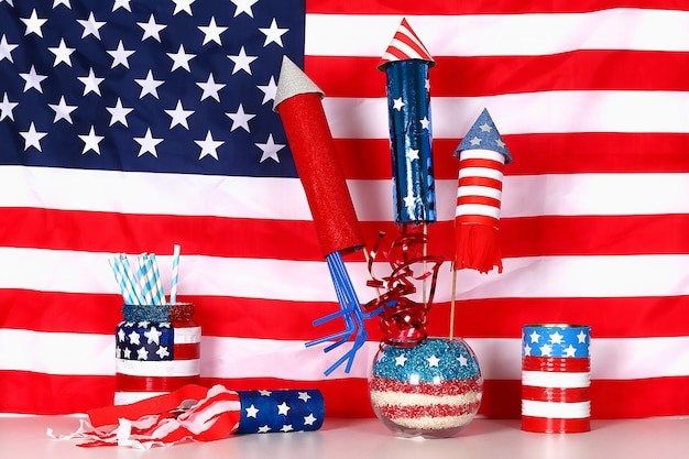 Diy 4 lipca kolor dekoracji american flag, czerwony, niebieski, biały. pomysł na prezent, wystrój dzień niepodległości usa
