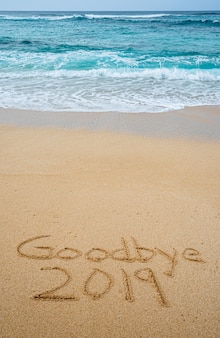 Do widzenia 2019 napisane w piasku