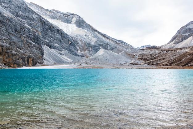 Dojny jezioro, yading rezerwat przyrody, porcelana