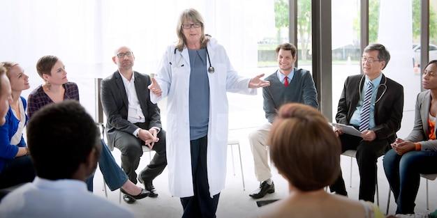 Doktorska spotkanie pracy zespołowej diagnozy opieki zdrowotnej pojęcie