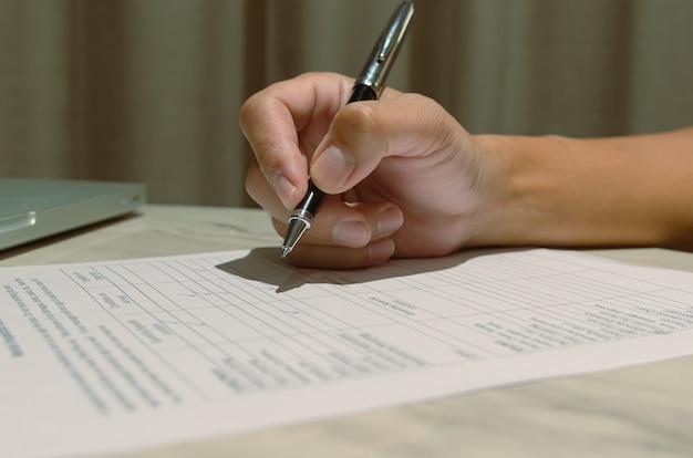 Dokumenty oceny satysfakcji biznesowej ocena kompetencji za pomocą znacznika wyboru