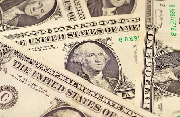 Dolary amerykańskie banknoty jednego dolara na zdjęciu z bliska