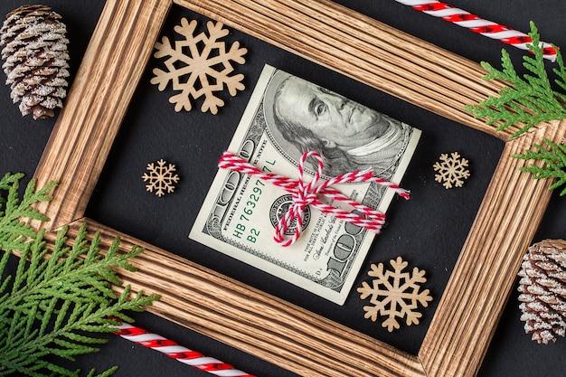Dolary na drewnianej ramie. prezent świąteczny.