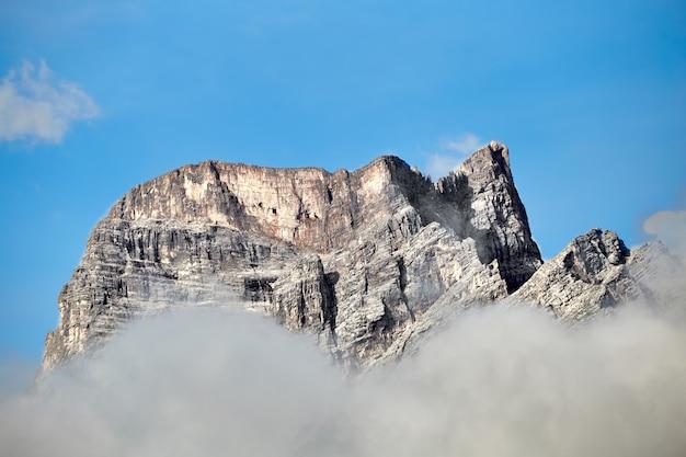 Dolomitowe góry skalne