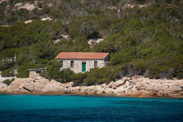 Dom na wybrzeżu spargi