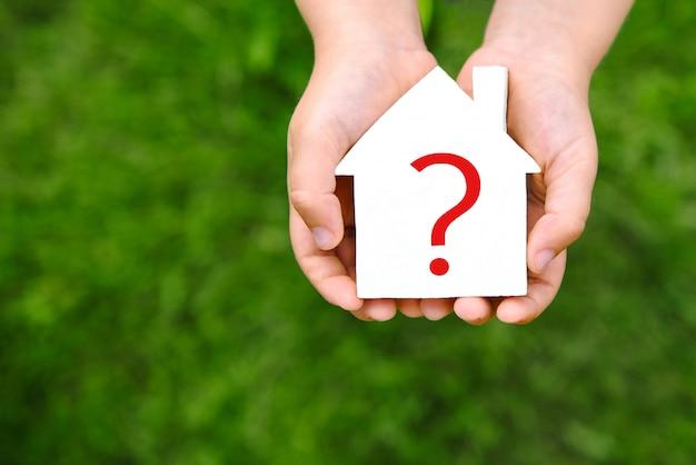 Dom ze znakiem zapytania