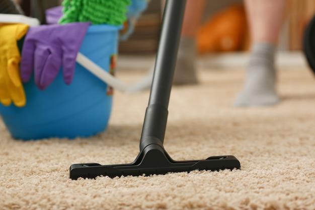 Domowa pielęgnacja odkurzacza do dywanów