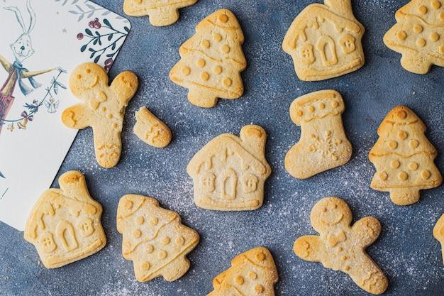 Domowe ciasteczka świąteczne imbir, choinka, skarpetki, dom