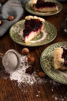 Domowe ciasto i kasztany z bliska
