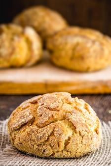 Domowy chleb kukurydziany według własnego przepisu