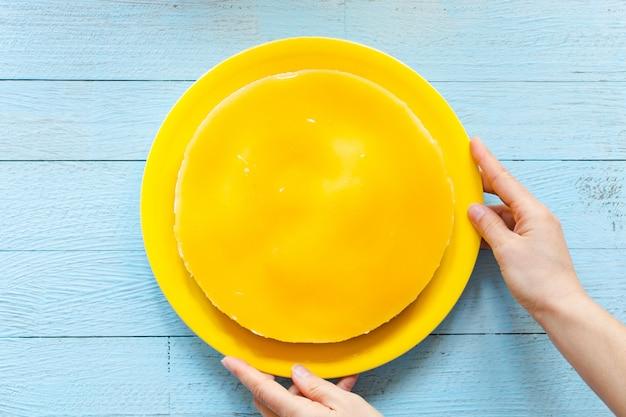Domowy sernik cytrynowy,