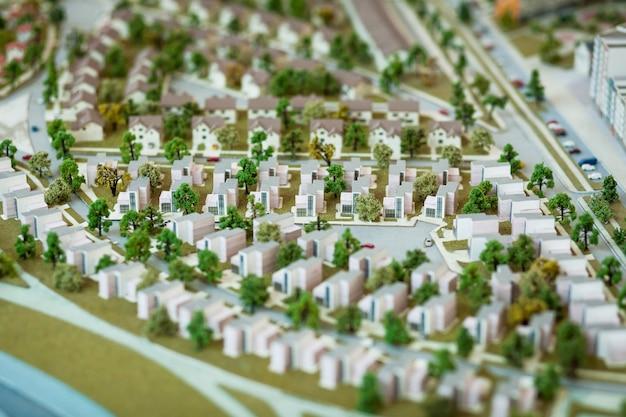 Domy w miniaturze. wiele budynków mieszkalnych