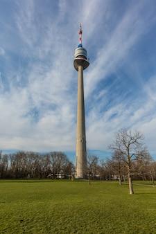 Donauturm, high tower w wiedniu