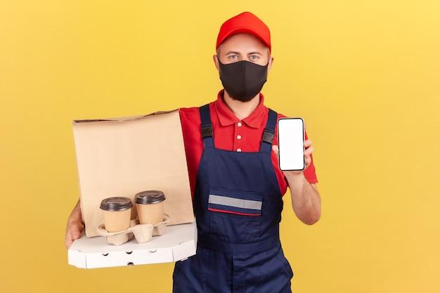 Dostawa z pokazem telefonu komórkowego, kawa z pizzą, szybka i bezpieczna dostawa online
