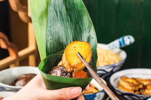 Dragon boat festival chińskie knedle ryżowe zongzi