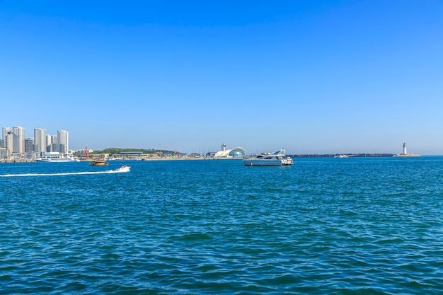Drapacz chmur port biznes wody widok krajobrazu
