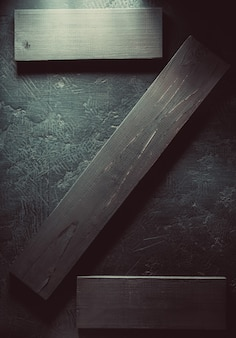 Drewniana deska na czarnym tle tekstury