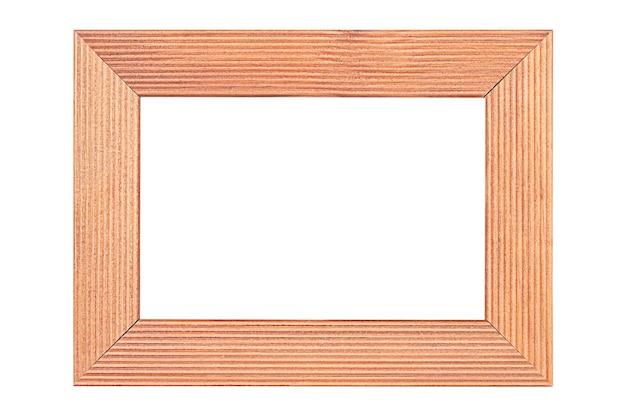 Drewniana rama w kolorze brązowym, na białym tle