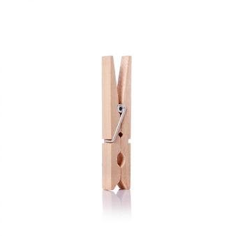 Drewniana szpilka do ubrań.