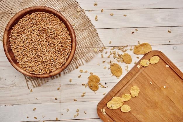 Drewniane elementy kuchenne naturalne składniki drewniane tło