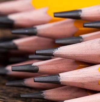 Drewniane ołówki