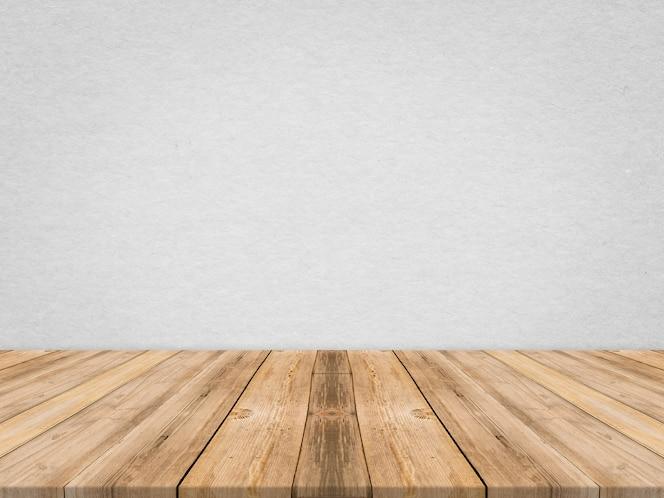 Drewniane stół na ścianie tekstury papieru tropikalnego, szablon do makijażu produktu, prezentacja firmy.