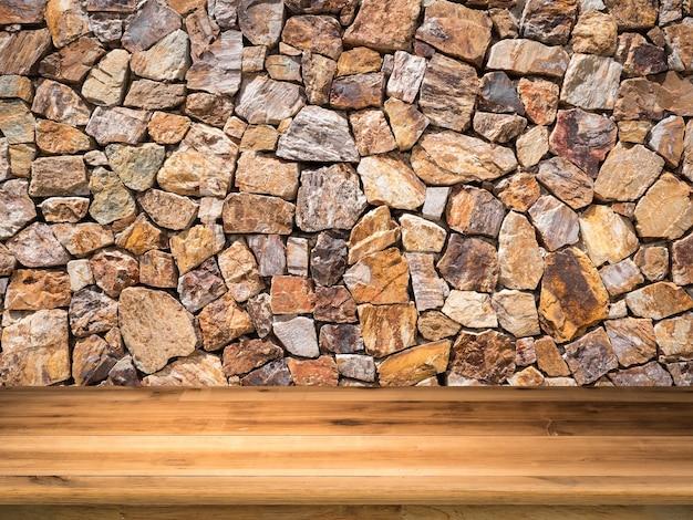 Drewniany blat z brązowym kamiennym tłem