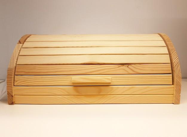 Drewniany chlebak do przechowywania pieczywa podpórka z naturalnego drewna