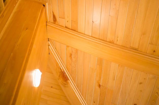 Drewniany duży dom w stylu japońskim