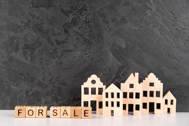 Drewniany model miejskiego miasta na sprzedaż