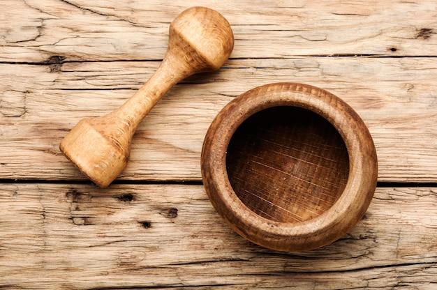 Drewniany moździerz i tłuczek