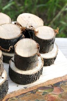 Drewniany ogród letni z drewna opałowego rustykalny