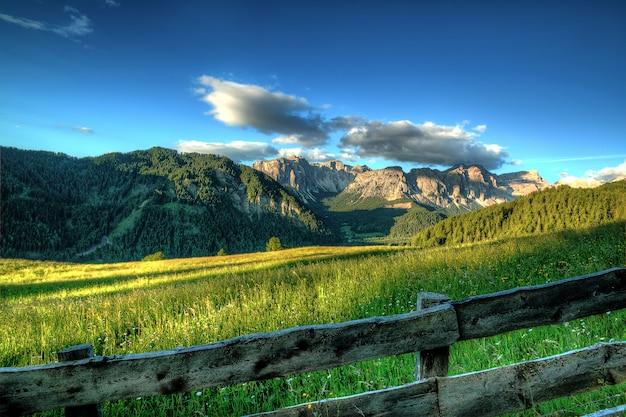 Drewniany płot ranczo na highland
