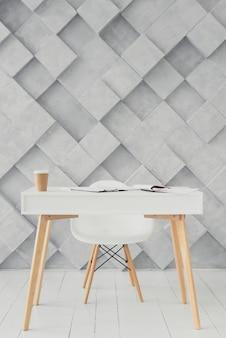 Drewniany stół i nowoczesne tło
