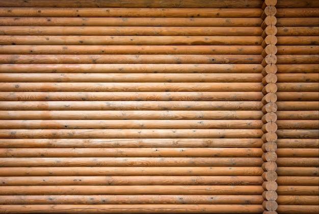 Drewniany wal