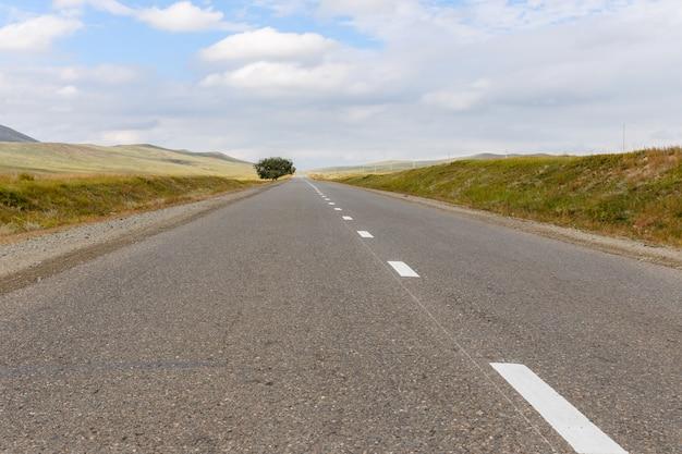 Droga asfaltowa w mongolii
