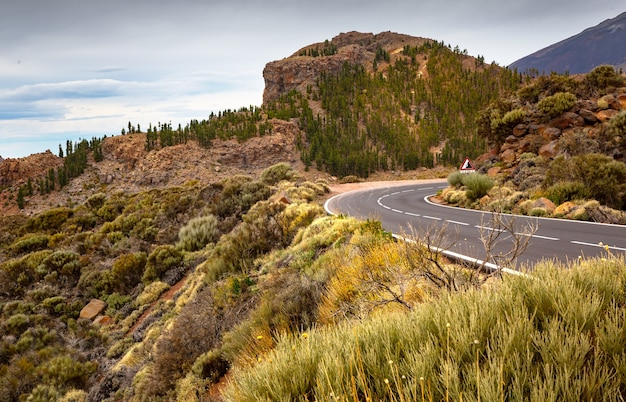 Droga do wulkanu teide na teneryfie - hiszpania kanaryjska