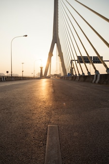Droga na moście ramy viii