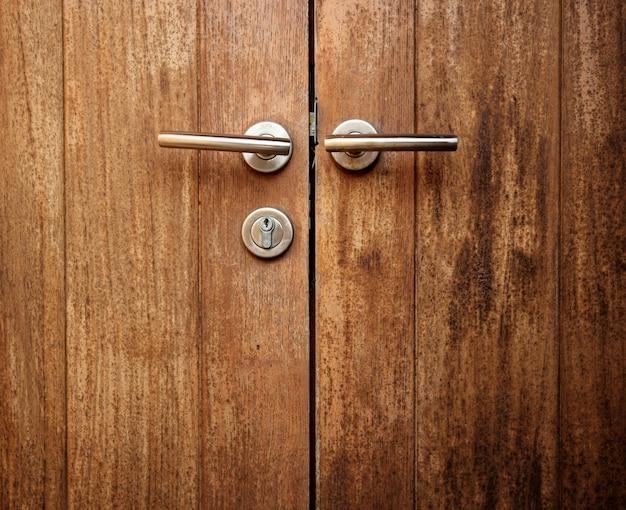 Drzwi drewnianych