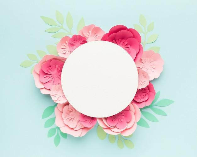 Duża elegancka dekoracja papierowa w kwiaty