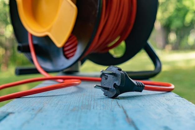 Duża rolka kabla z drutu przemysłowego