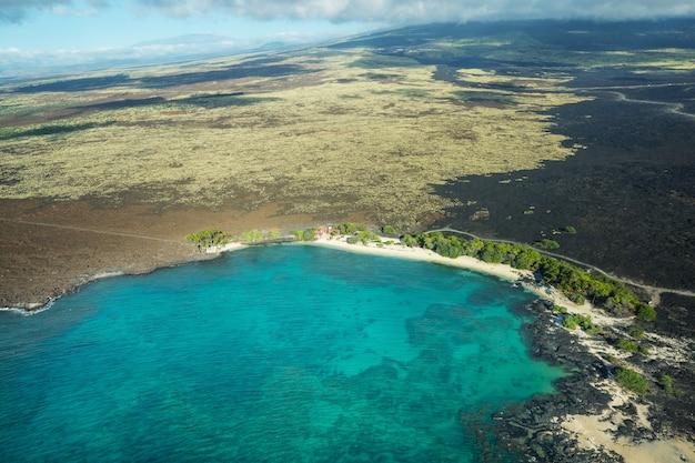 Duża wyspa hawaje z lotu ptaka
