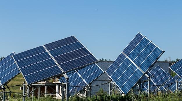 Duże panele słoneczne