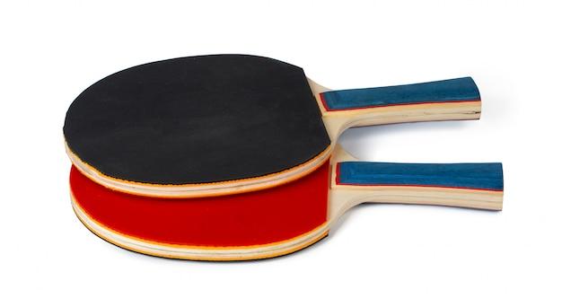 Dwa ping ponga kanta odizolowywającego na białym tle